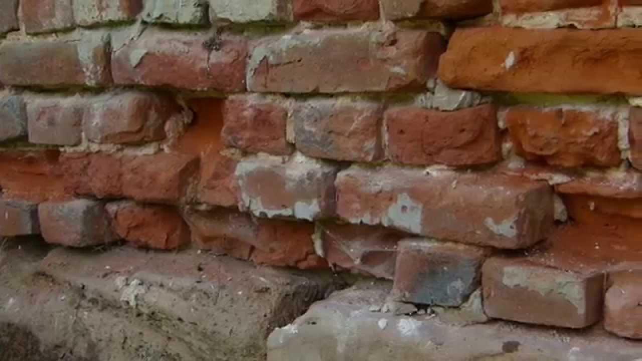 Old house renovation Backsteine erneuern, Ziegel auswechseln