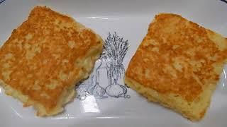 Ленивые пирожки с колбасой и сыром из тостового хлеба