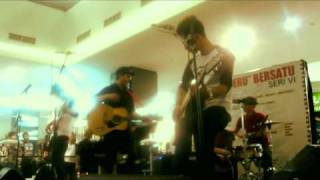 goodboybadminton - live accoustic at fx mall senayan