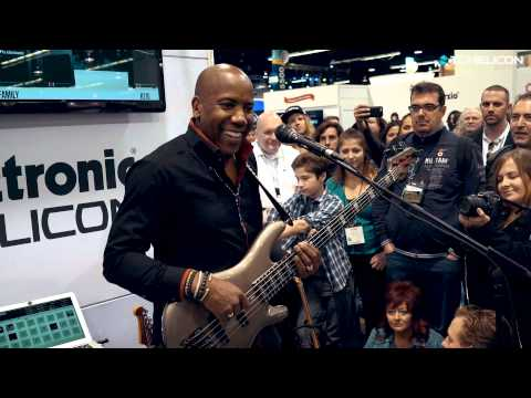 Nathan East  Playing Stevie Wonders Sir Duke
