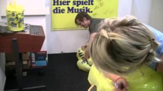Pee Wirz im Radio Zürisee «Schwimmreif-Ausquetsch-Test»