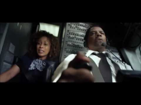 Сцена из фильма Экипаж  аварийная посадка самолета