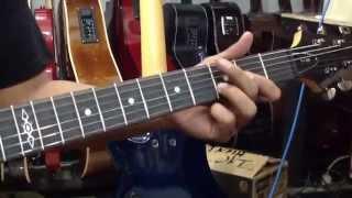 Belajar bermain metal bersama gitaris edane