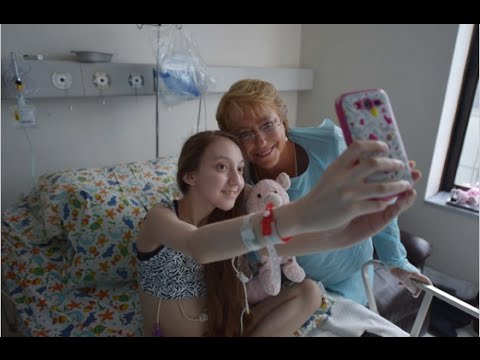 動画で安楽死訴えた14歳の難病少女が死去、チリ