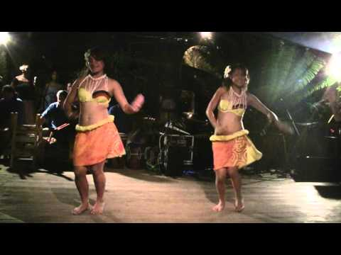 Another great Cook Islands dancer - fast beat