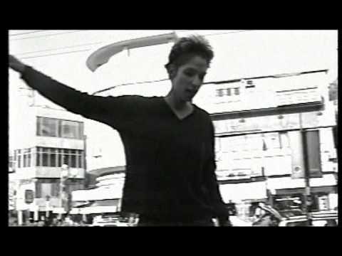 מיקה קרני - סוף המאה ה- 20 - קליפ