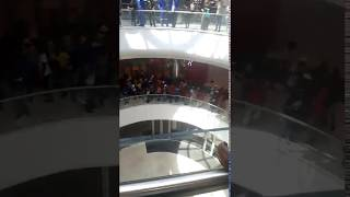 Dis-Chem employees go on strike and march through the Mall of Africa – Midrand Reporter