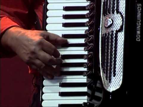 Dominguinhos no São João da Capitá 2008.Música Sala de Reboco
