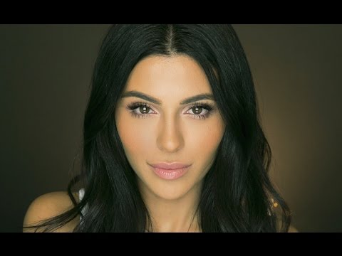 Natural Makeup Tutorial with False Lashes