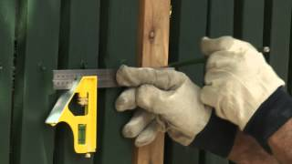 How To Fix A Picket Fence - Diy At Bunnings