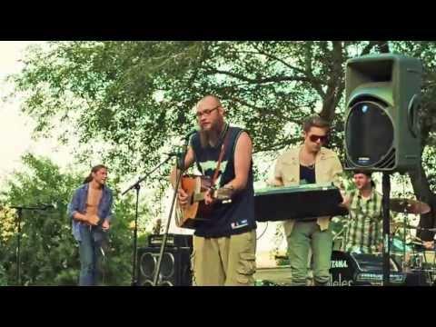 Josh Driscoll performing