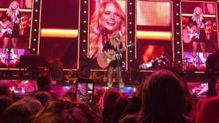 Miranda Lambert-We should be friends  live @ Mohegan Sun 2/4/2017