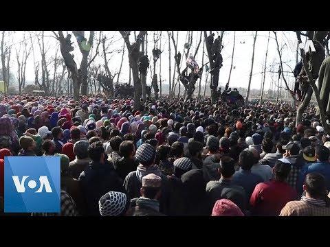 Funeral of Kashmir separatists killed in gun battle
