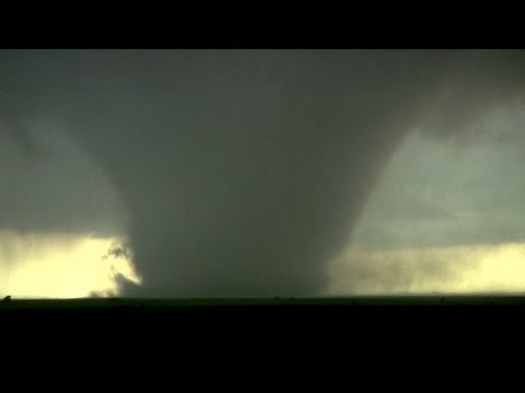 Clear sound of a large ROARING tornado!