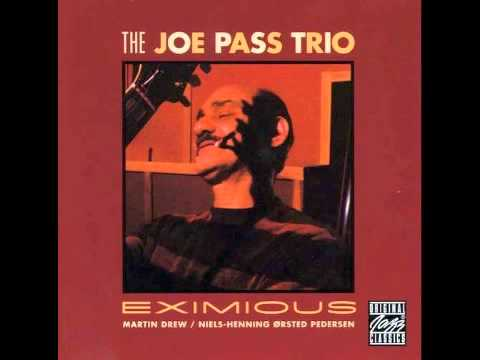 Joe Pass Trio - Robbins Nest