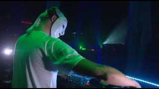Sensation White 2009/2010 Wicked Wonderland