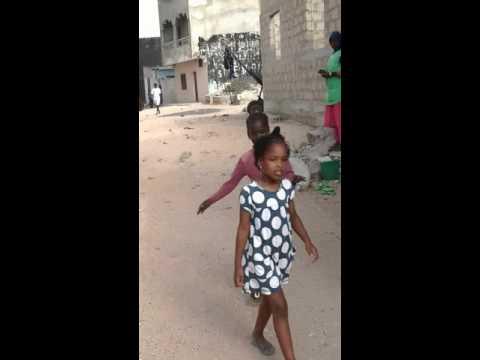 Walking Vlog, Living in Dakar, Senegal (traveling with kids)