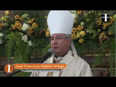 Cardenal Robles preside la última misa a su padre
