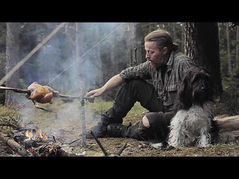 3 days solo bushcraft - Location 1 - Bow drill - Diy saw - Chick on stick - Reflector - Canvas tarp