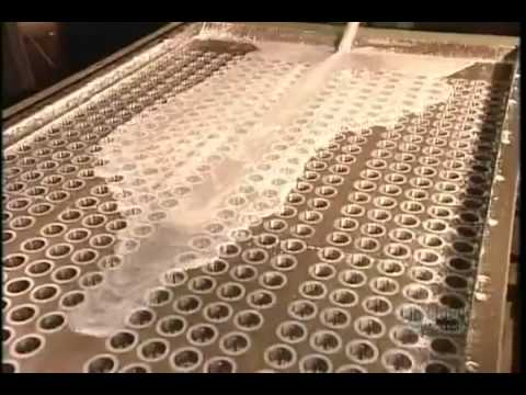 How It's Made, Candles.