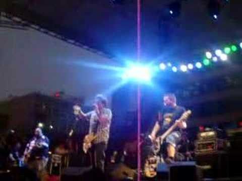 Bowling for Soup Baby one more Time Live Stl 2007