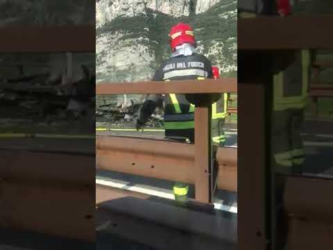 Incendio di un mezzo pesante in A22