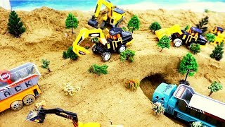 Sand Bridge With a Tunnel  For Kids | Construction Vehicle Toys Excavator Dump Truck for Children