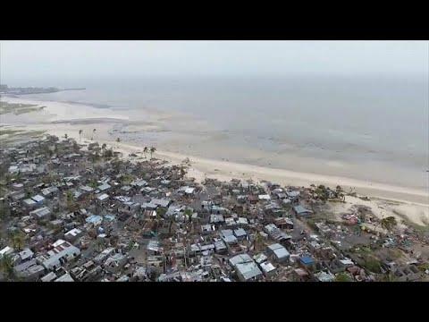 فيديو يصوّر بطائرة -درون- دمار إعصار إيداي في موزمبيق  - نشر قبل 2 ساعة