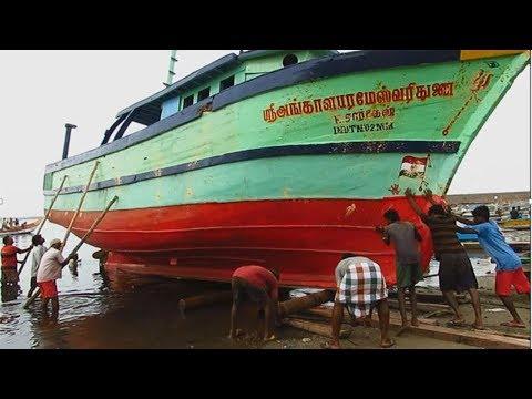 Indian Fishing Boat Launch | Tamilnadu Fishermen