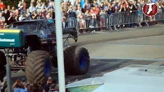 Accidente Monster Truck en Holanda - Monstertruck atropella publico multitud Haaksbergen Netherlands