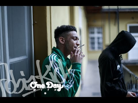 ONE DAY WITH - FOBIA KID