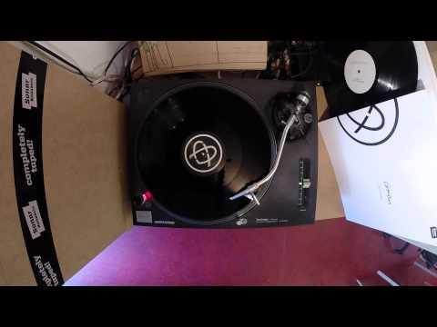 ComixXx - Can U Feel? (Vinyl Mash Up Version)