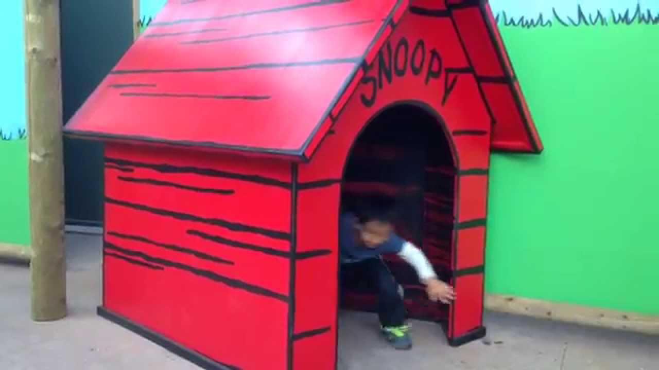 How To Make A Snoopy Dog House Out Of Cardboard