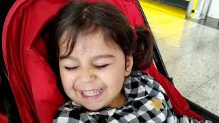 Ayşe Ebrar Oyun Parkında Oyuncaklar ile Oynadı. Bebek Arabasında Yemek Yedi. Oyuncu Bebe TV