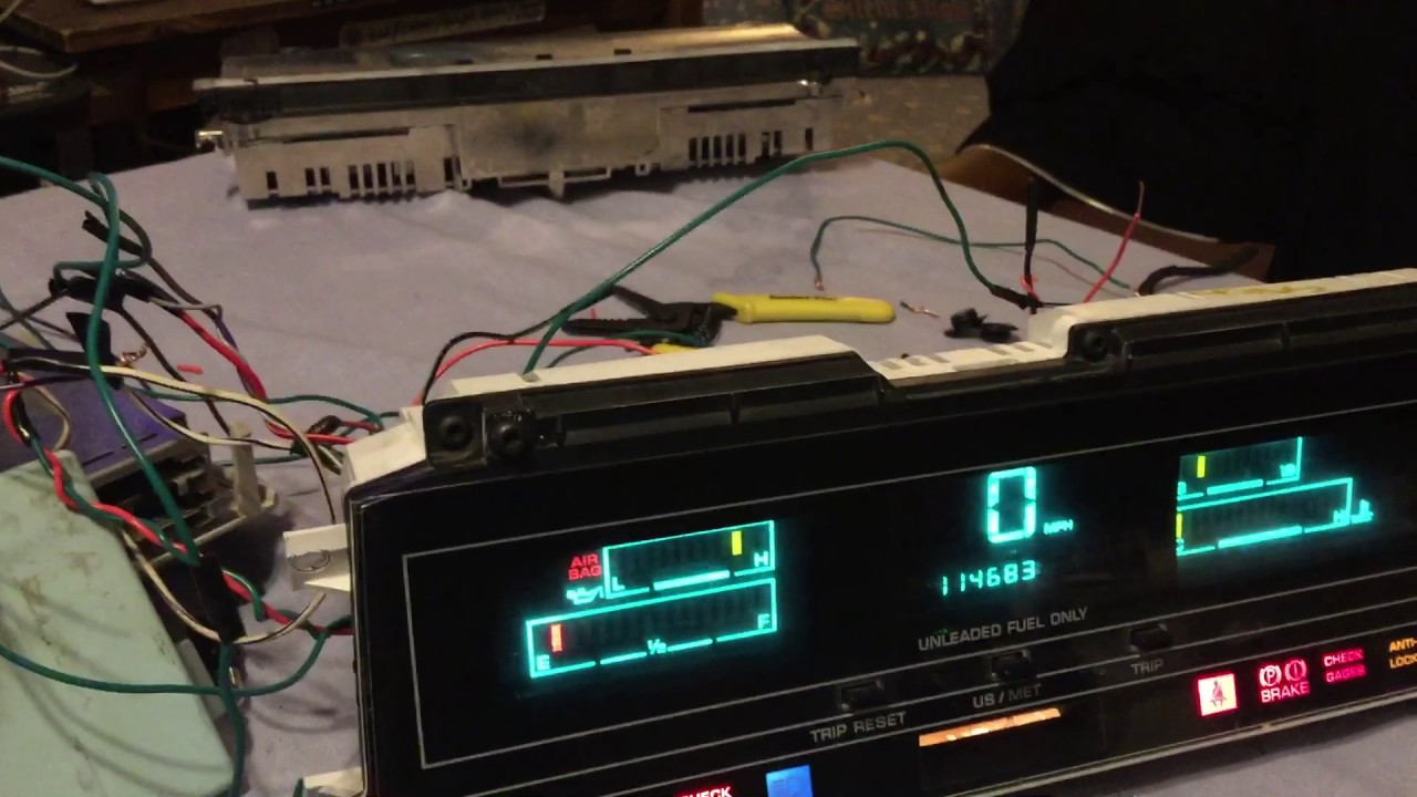 Messing with Electronics: Digital Dash and Electronic Voice Alert on