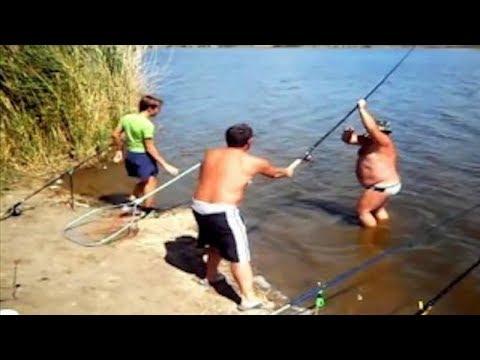 Рыбалка, разные случаи и приколы! Русские приколы на рыбалке. Подборка приколов 2019.