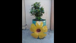 Diy # 4 Beautiful Pot With Flower Design From Plastic Bottle
