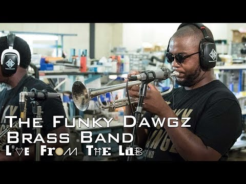 """The Funky Dawgz Brass Band - """"Place 2 Be"""" (TELEFUNKEN Live From The Lab)"""