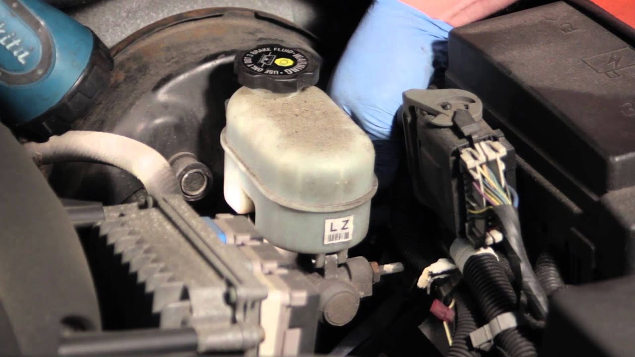 trailblazer brake master cylinder fluid level sensor installation [ 1280 x 720 Pixel ]