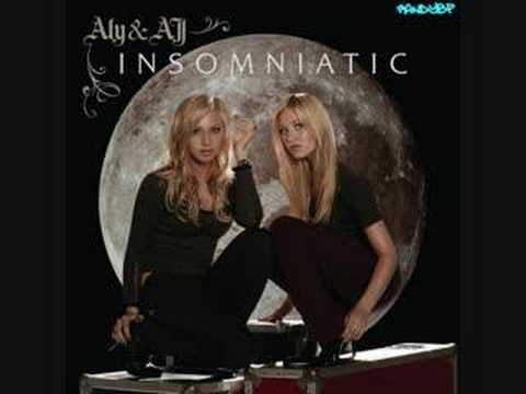 Aly & AJ - Bullseye[Karaoke/Instrumental]