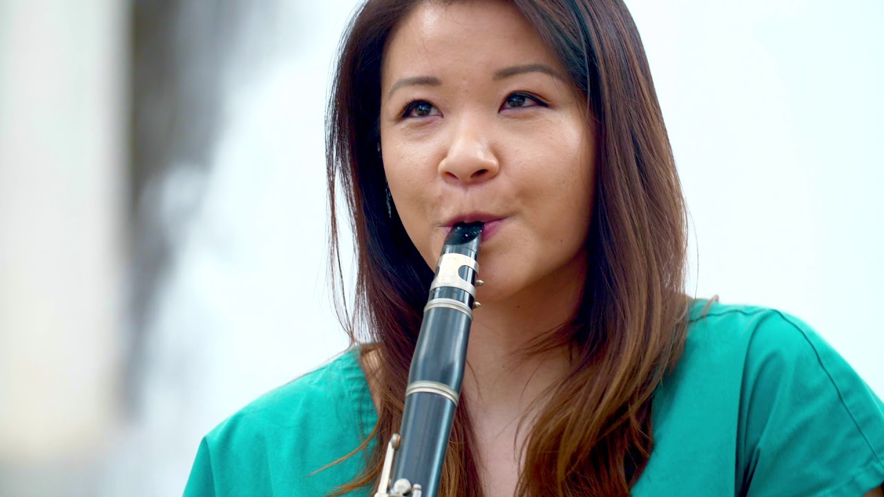 "Frontline Healthcare Worker Erika Chen Performs ""Amazing Grace"" at Lincoln Center"