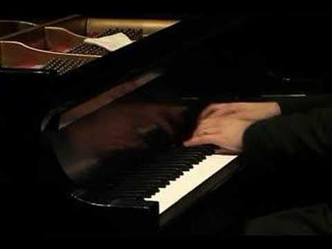 Alexander Gavrylyuk plays Rachmaninoff (vaimusic.com)