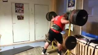 Видас Блекайтис, приседания - 400 кг на 3 раза (в одних бинтах)!!!