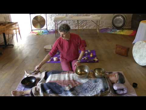 Sound Therapy: How to Play Tibetan Singing Bowls to Reduce Stress