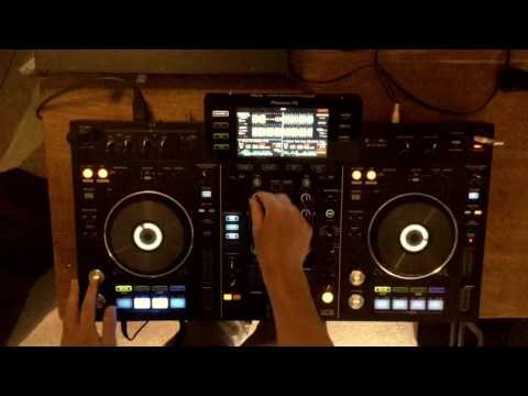 Tech/House Mini-mix 1 - DiJiTs