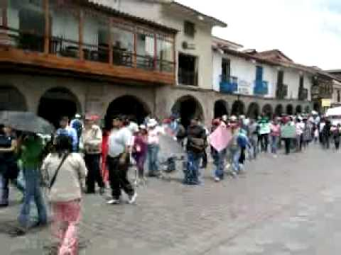 people from aguas calientes on protest