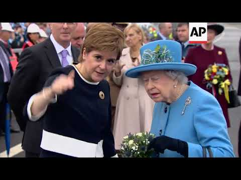 UK Queen at official opening of bridge across River Forth