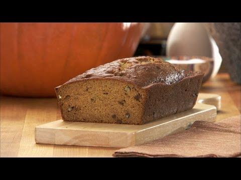 Holiday Pumpkin Bread HD
