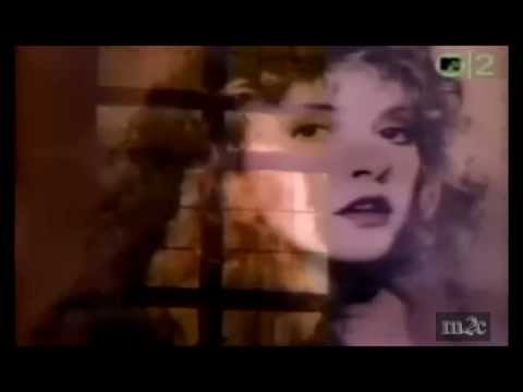 Stevie Nicks - Rooms On Fire (subtitulos español)