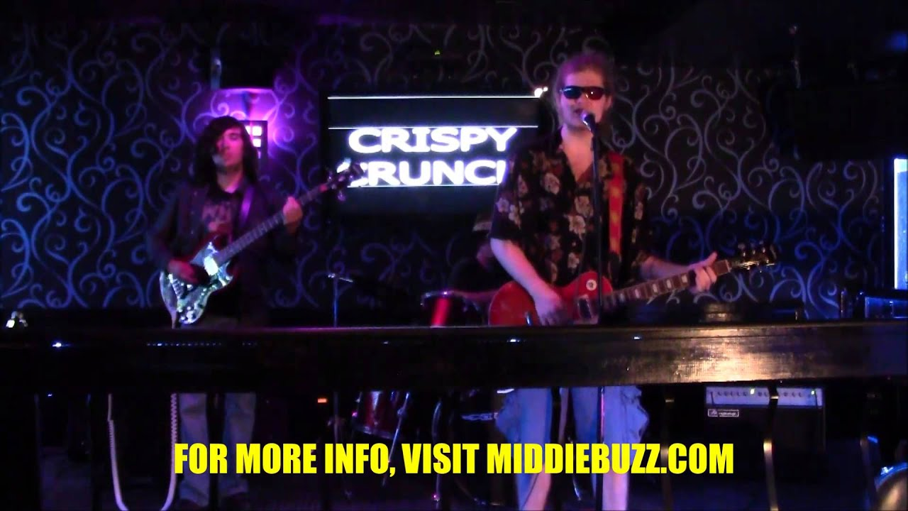 "Download MIDDIE BUZZ PRESENTS ""LIVE AT LIKQUID LOUNGE"" W/ CRISPY CRUNCH"